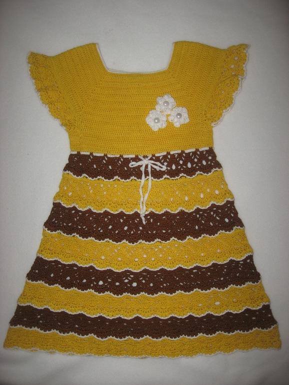 Платье и шляпка на лето