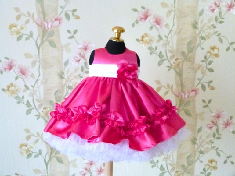 Пышное платье на годик девочке сшить 64