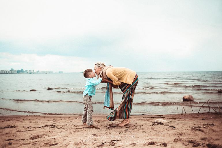 Смотреть ролики сын удовлетворяет мать 24 фотография