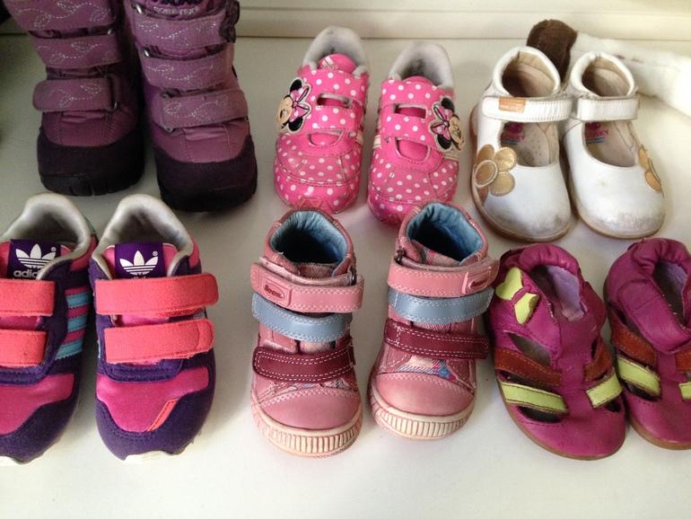 Обувь для девочки, очень дешево 19- 23р