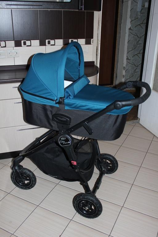 Люльки Baby Jogger Deluxe Pram