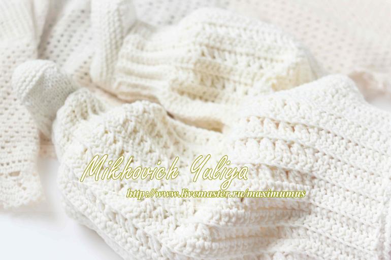 Вязание спицами белый костюмчик для новорожденного