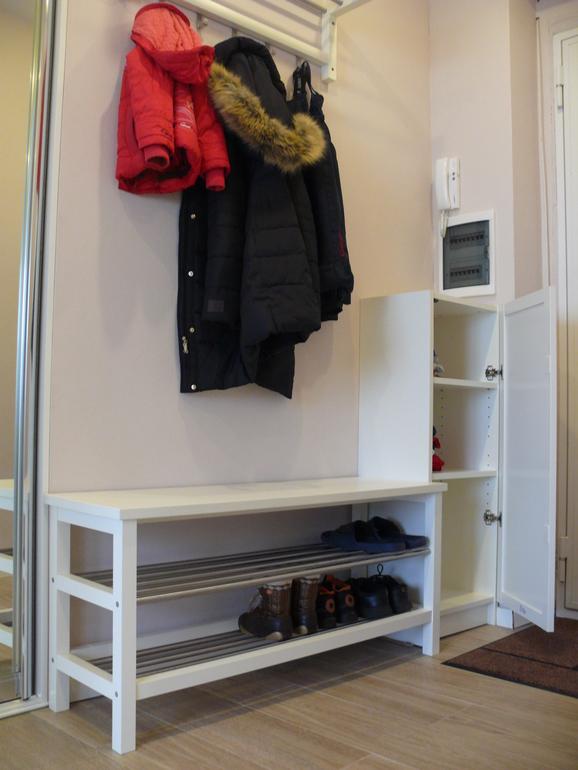 встроенные шкафы в спальню из массива