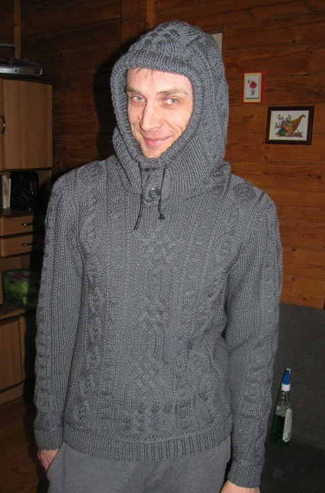 вязаный пуловер мужской с капюшоном схема вязания