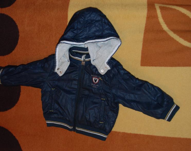 Весенние куртки и комбинезоны на  мальчика 9-18 месяцев: Chicco, Mothercare