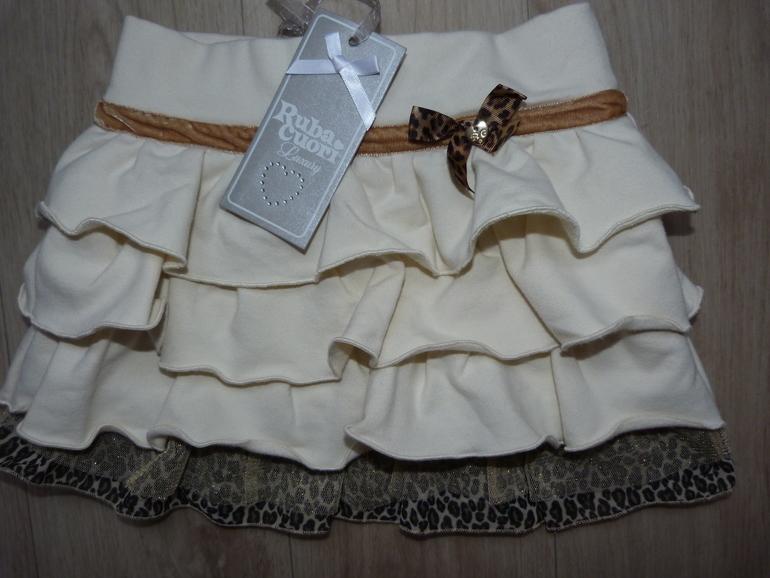 новая  юбочка  RubaCuori.размер  3.цена  с  почтой  1300руб