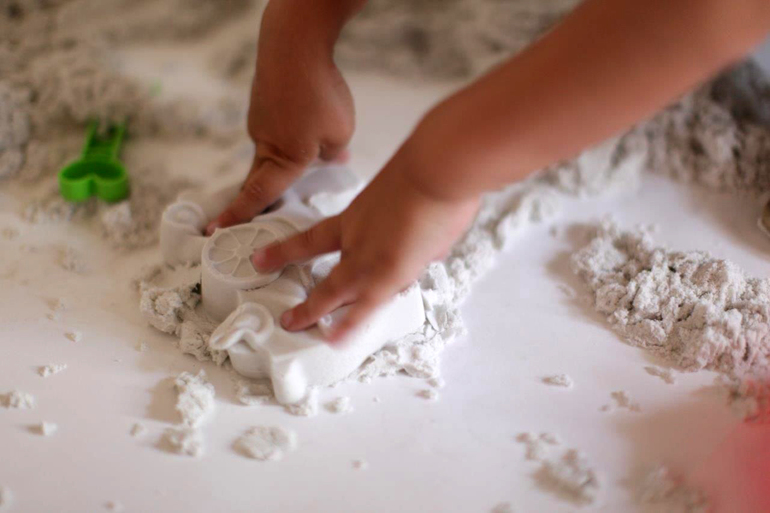 Кинетический песок для детей своими руками в домашних условиях 1