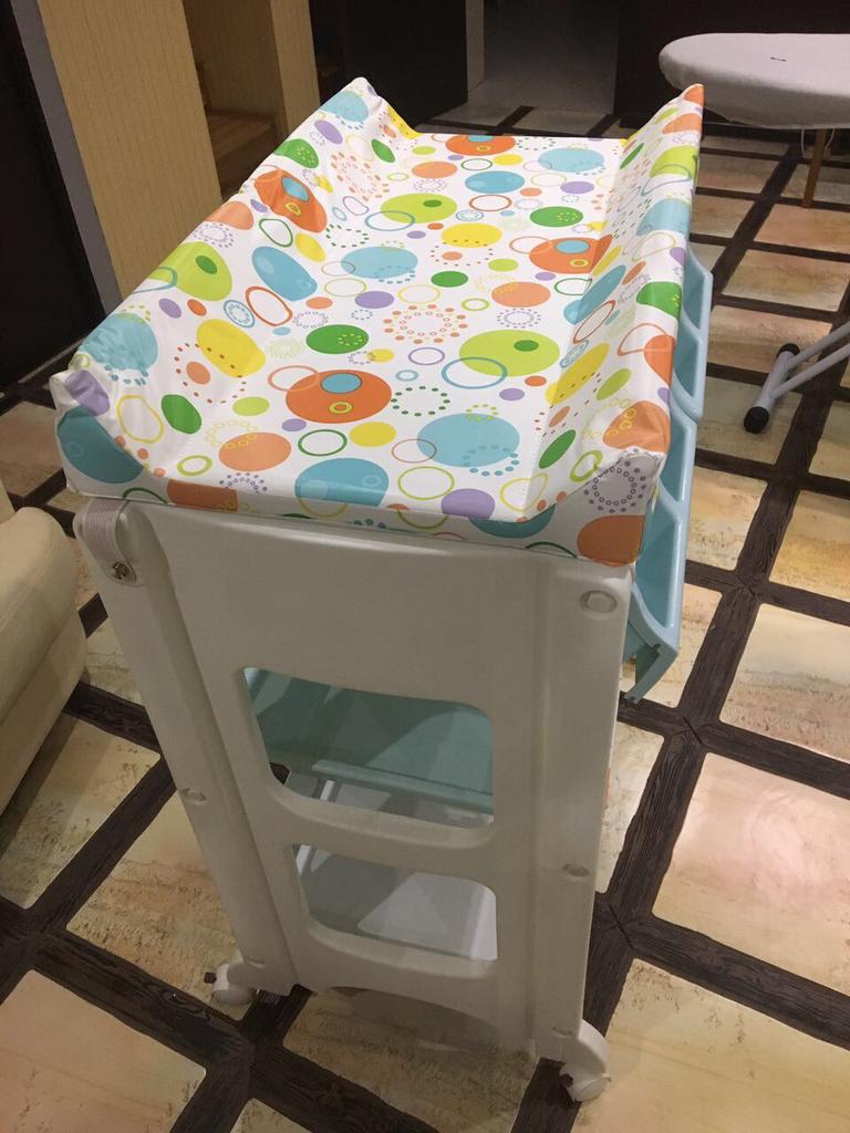 Пеленальный столик косатто