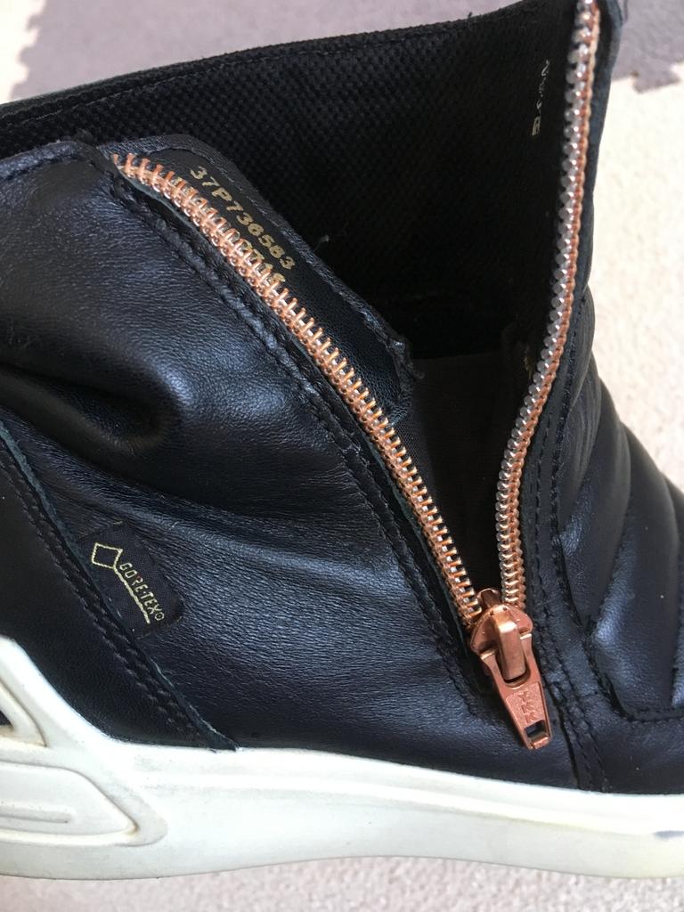 37 р. Ecco Экко ботинки, кожа.
