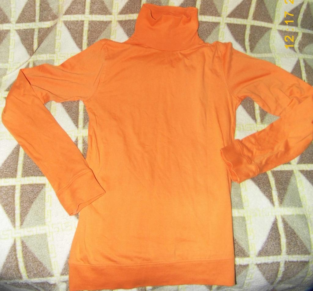Вещи пакетом (Куртка, джинсы, свитера, кофты) 8шт