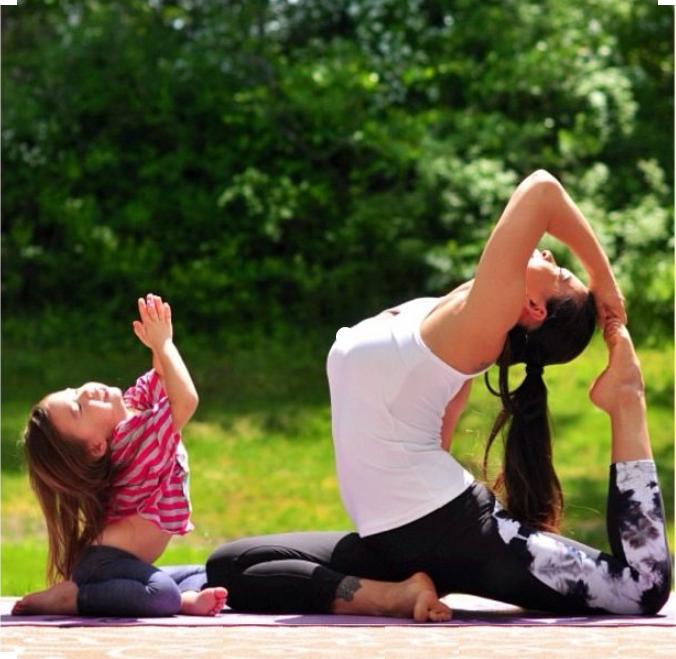 Йога для мам  с детьми в Екатеринбурге