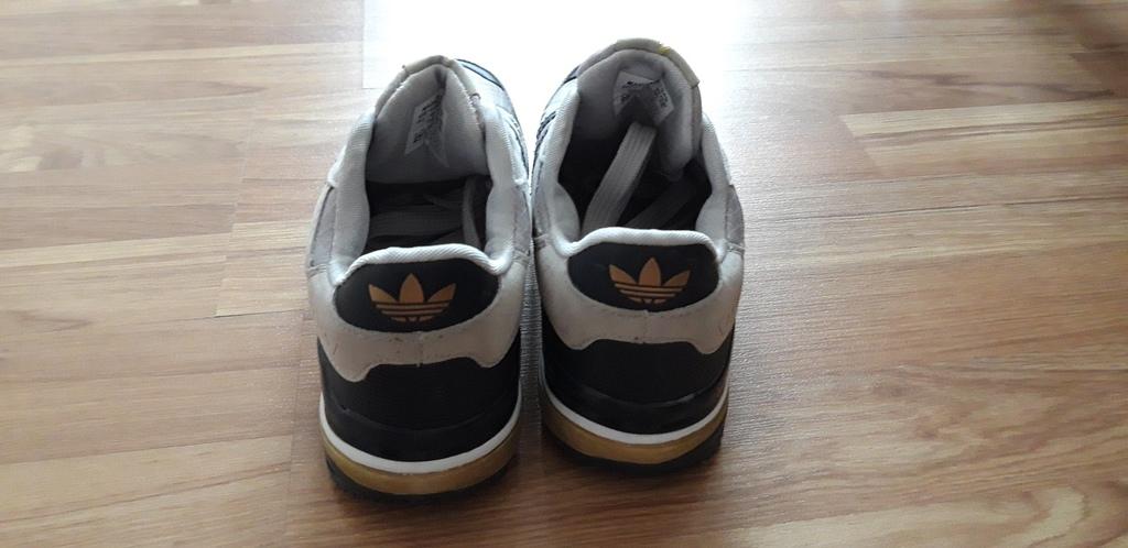 новые кроссовки 37