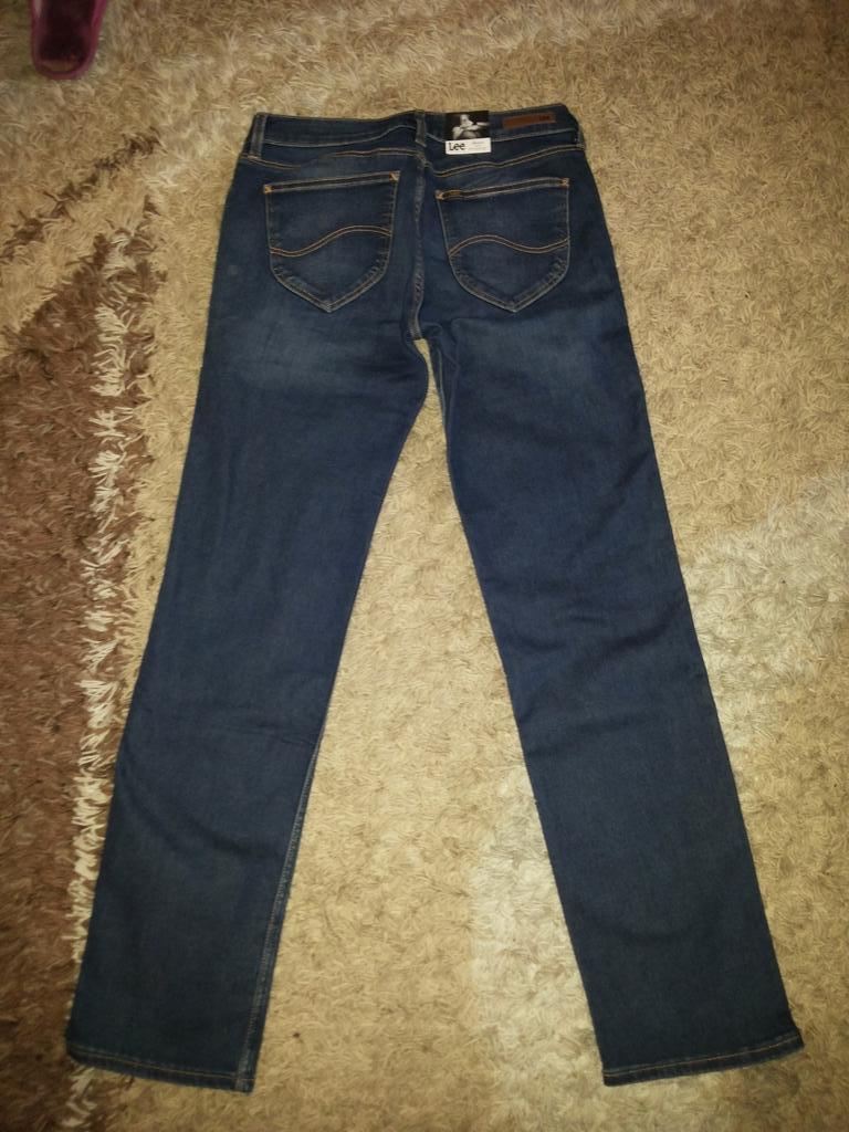 джинсы фирмы Lee новые