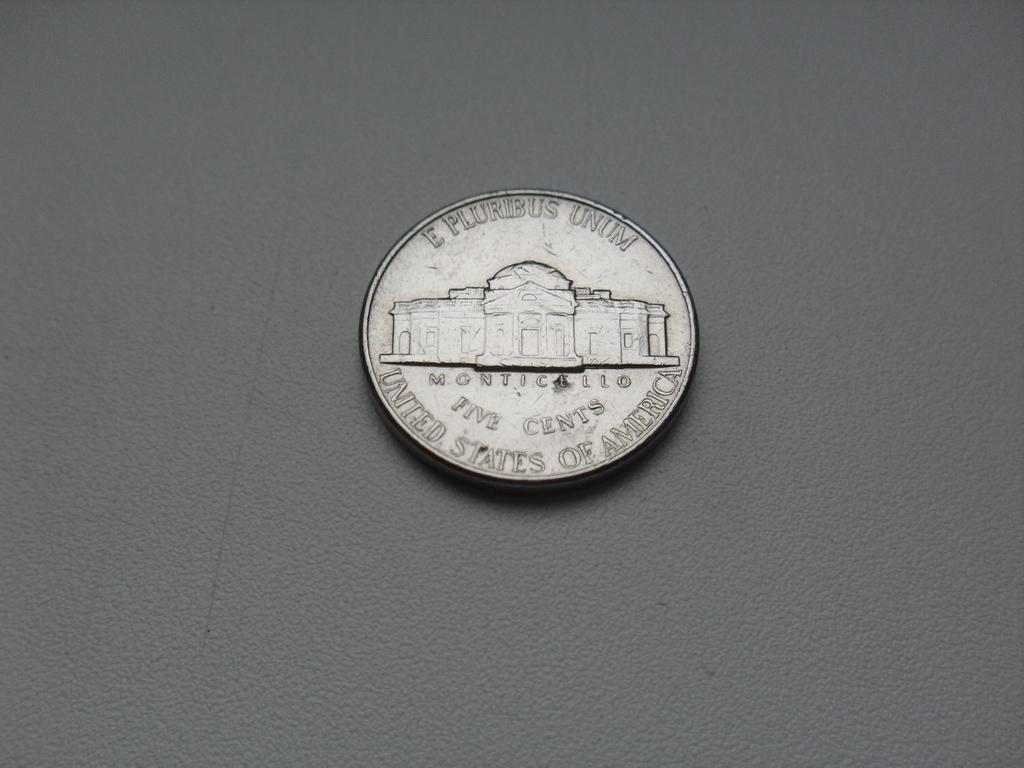 Монета 5 Центов 1994 год D США