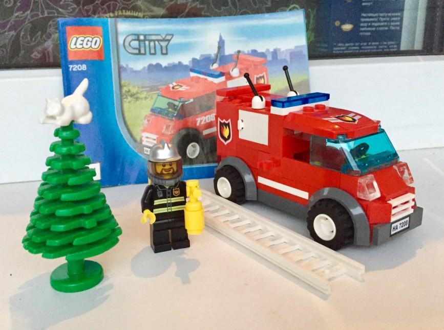 Пожарная машина lego city