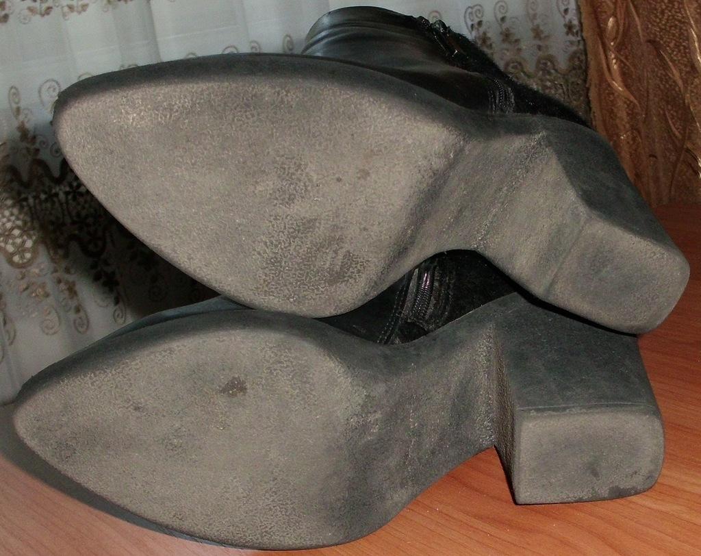 Ботинки демисезонные натуральная кожа р.40 ст. 26