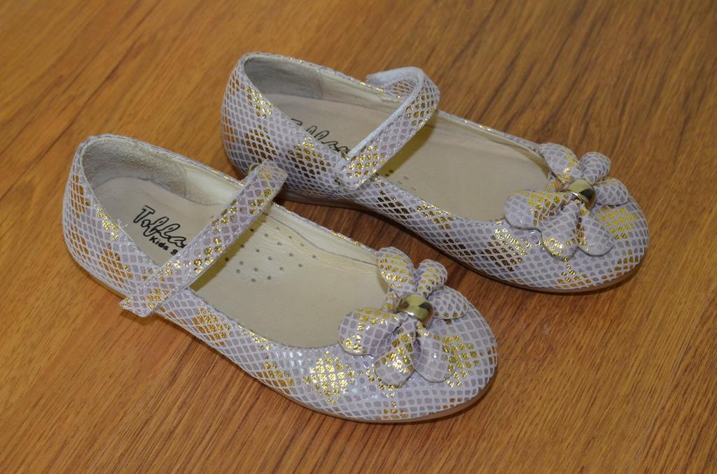 Кожаные туфли Tiflani размер 29 (по стельке 19 см)