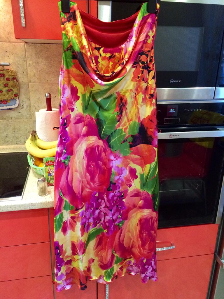 испанское яркое платье р 48