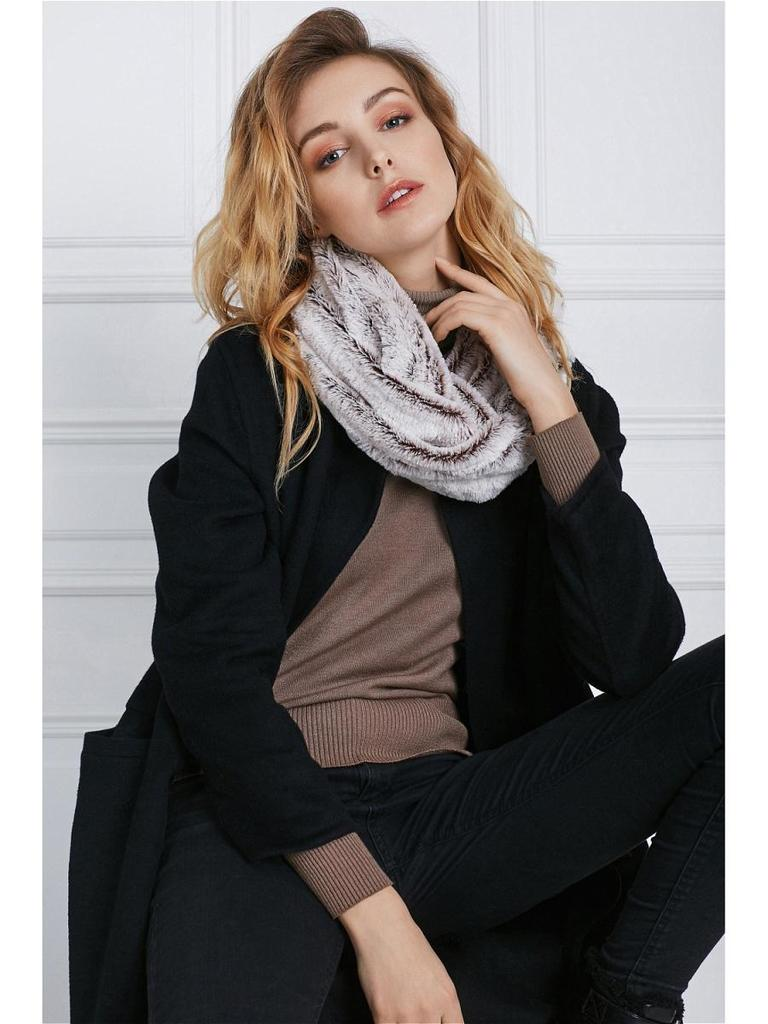 Меховой шарф Однажды в Нью-Йорке Nothing but Love