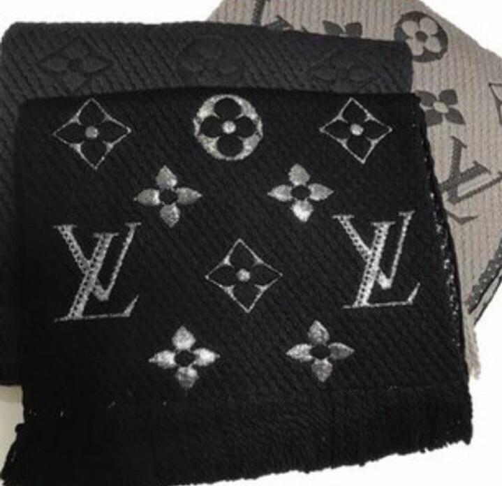 Теплый шерстяной шарф Louis Vuitton