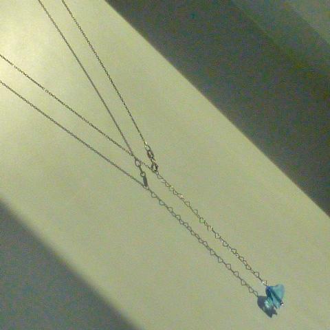 цепочка с кулоном на спину (бижутерия)