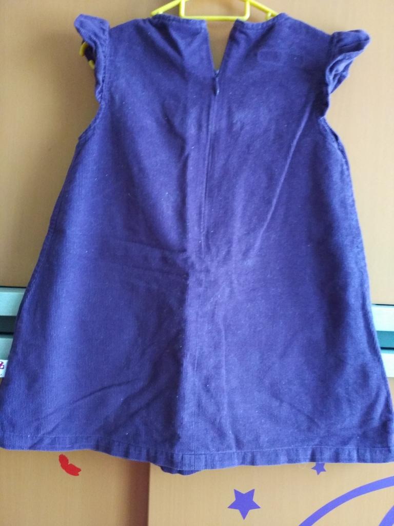 Сарафаны 86-92(носили до 96), цена за оба.