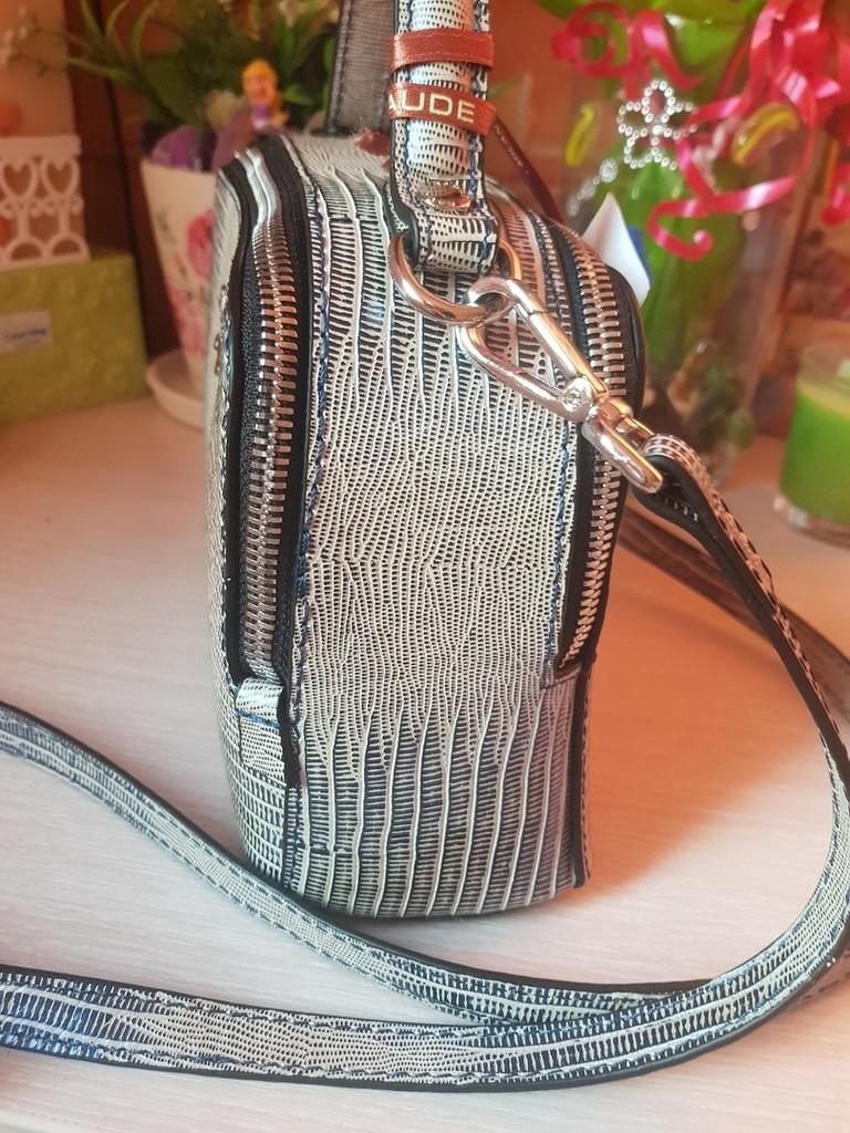 Новая оригинальная кожаная сумка Италия