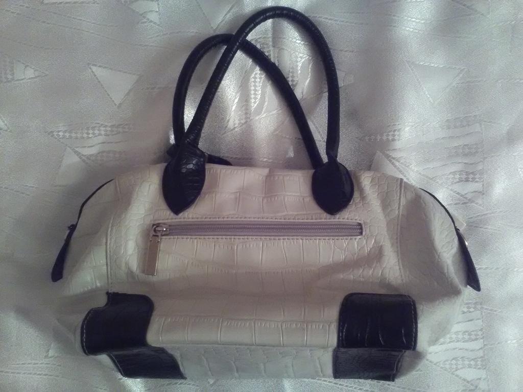 Новая женская сумка, под рептилию