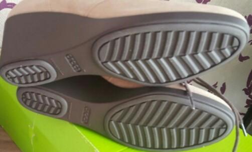 Crocs новые демисезон ботильоны, натуральная замша