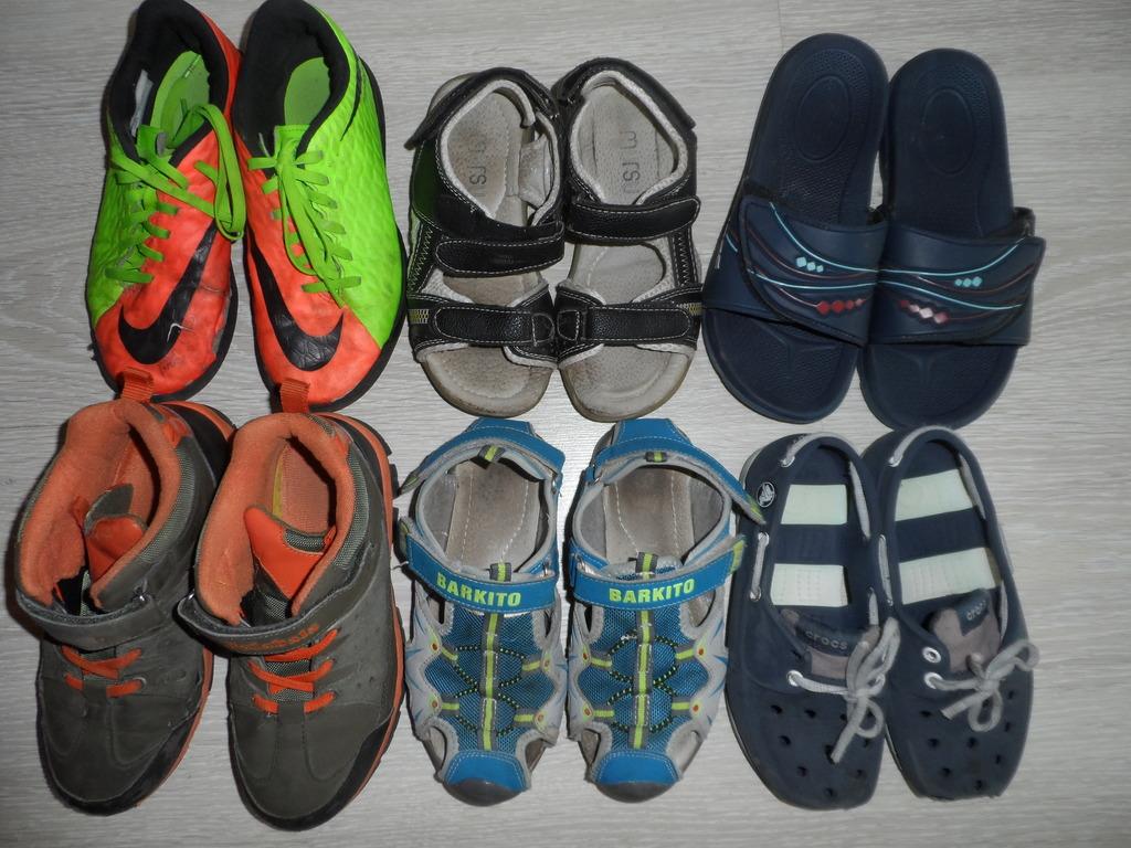 Пакет ботинки сандалии б/у 32-33 в дар сороконожки