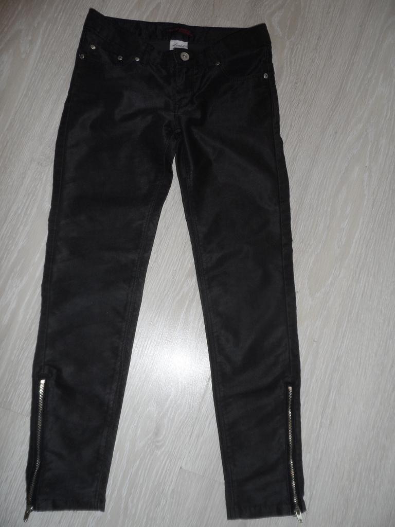 Новые с бирками Крейзи8 юбка джемпер нэндм джинсы