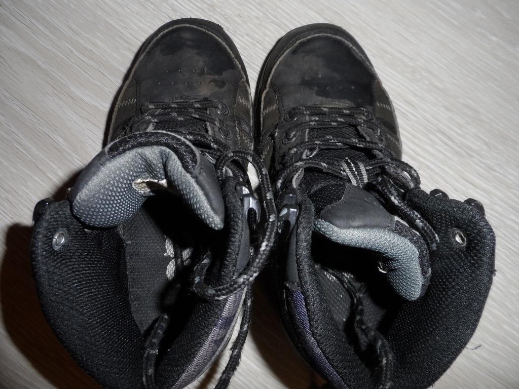 Ботинки кроссовки кеды р.29-31 сандалии в дар