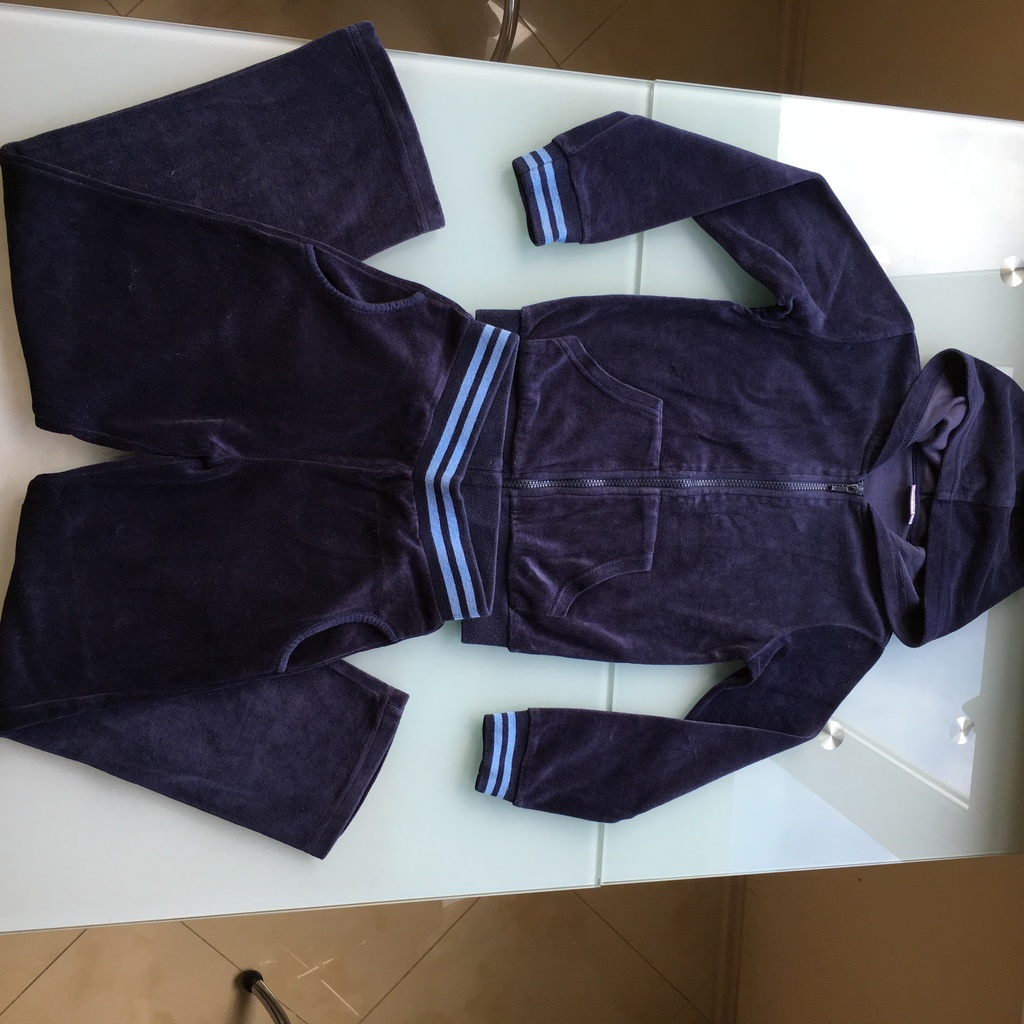 Велюровый костюм Futurino р.128 (в идеале! )