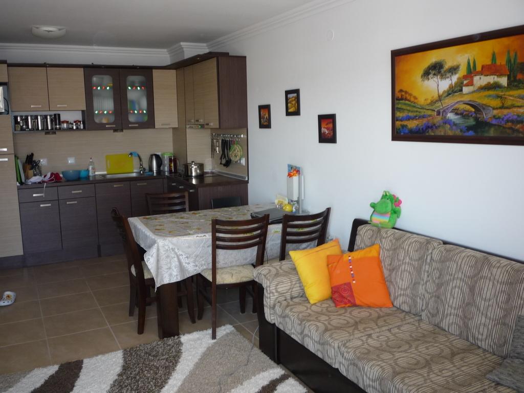 Сдаю 2-х комнатную квартиру Святой Влас лето 2020