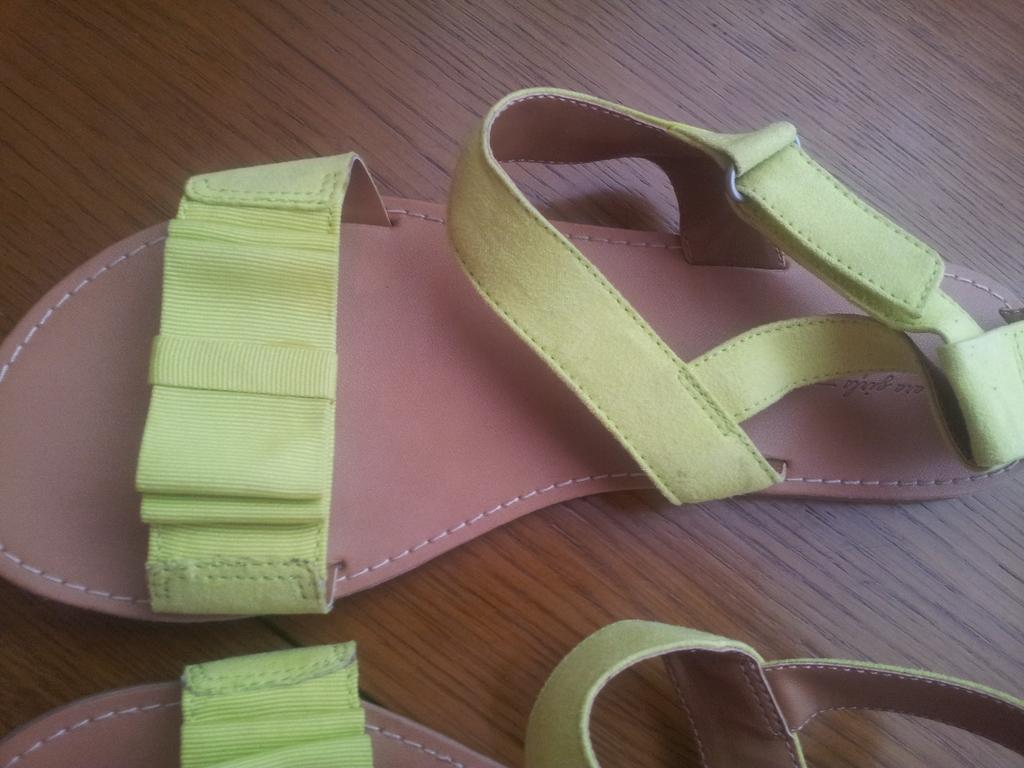 Босоножки Zara размер 33-34 в состоянии новых