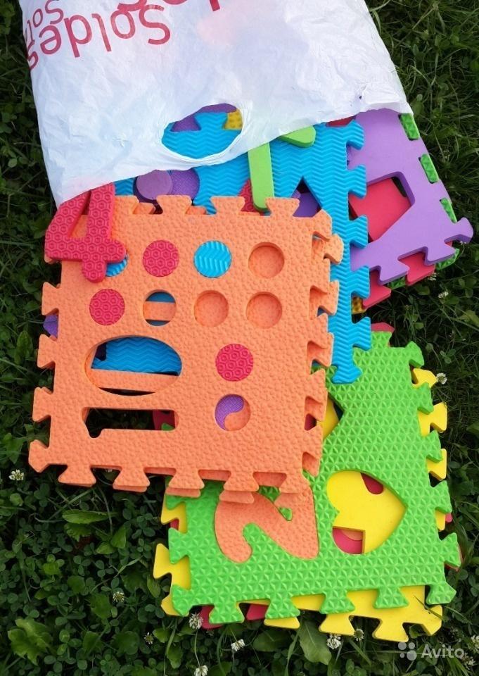 2 коробки игрушек для дачи