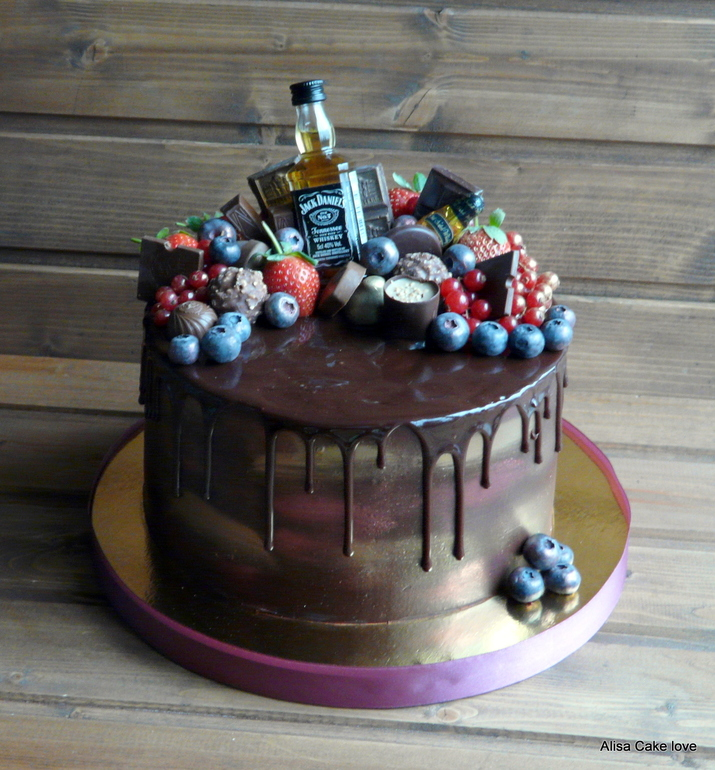 торт со сладостями фото