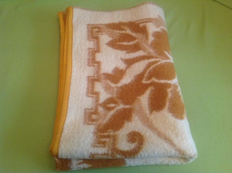 Старое верблюжье одеяло