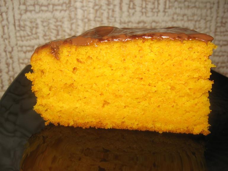 Пирог в мультиварке влажный