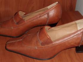 Туфли модельные кожаные Clarks р. 36-37 ст. 24.5