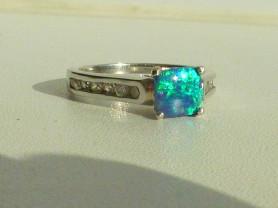 кольцо серебро 925*+ лаб.опал + фианиты