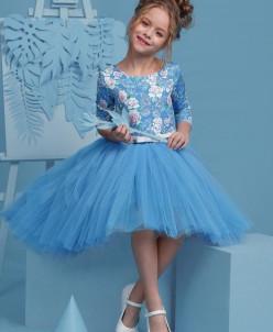 Новое платье с пышной ассиметричной юбкой.