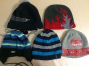 Много шапок для мальчика (52-53-54)