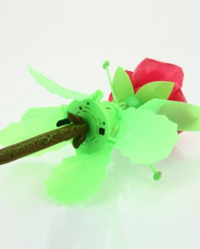Радиоуправляемая игрушка - вертолет Летающая роза