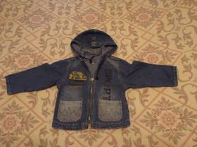 Джинсовая куртка с капюшоном на рост 92.