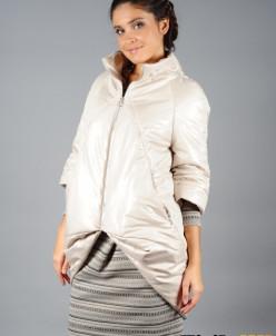 Куртка белая (пуховик)