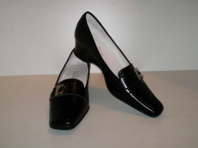 НОВЫЕ Туфли из натуральной кожи Laura Berti!СКИДКИ