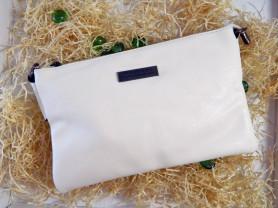 Белый клатч Burberry (реплика)