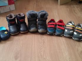 Много обуви на мальчика, с 19 по 28
