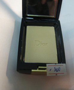 Dior пудра компактная 300